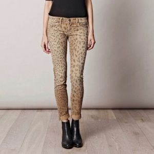 Current/Elliott Leopard Cropped Skinny Jeans 25